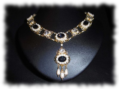 "Collier ""Adelaide"""