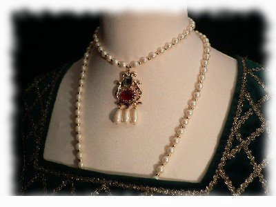 "Collier ""Elizabeth I - Princess"""